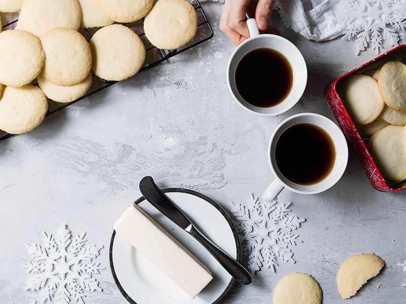 Weihnachten zuhause - Butterkekse backen